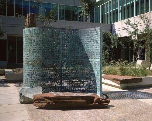 位于CIA的雕塑密码