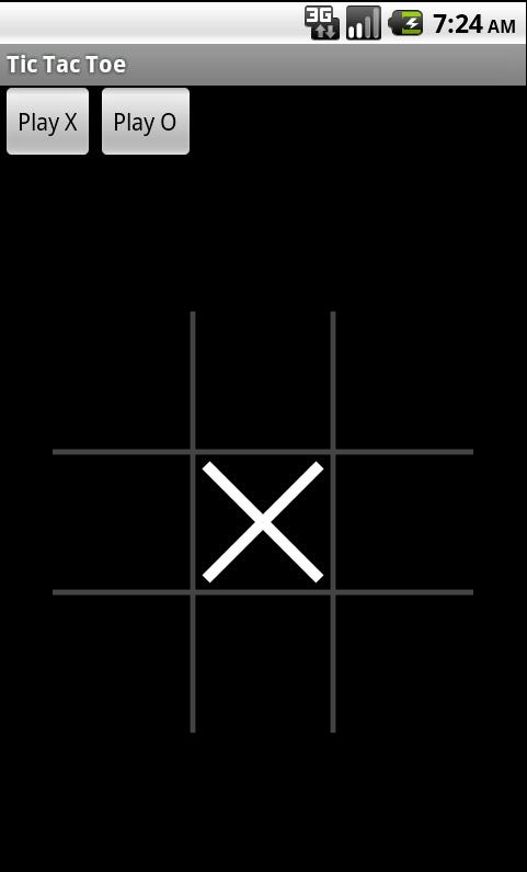 X 占据中心方格时的 Tic Tac Toe 游戏屏幕截图