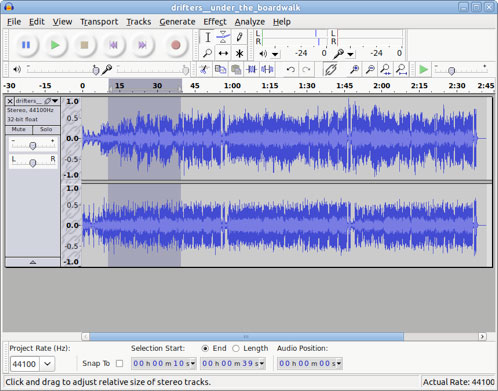 图像显示了在 Audacity GUI 中突出显示的歌曲片段