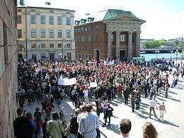 瑞典民众抗议海盗湾被抄站