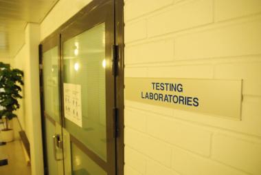 诺基亚智能手机测试实验室