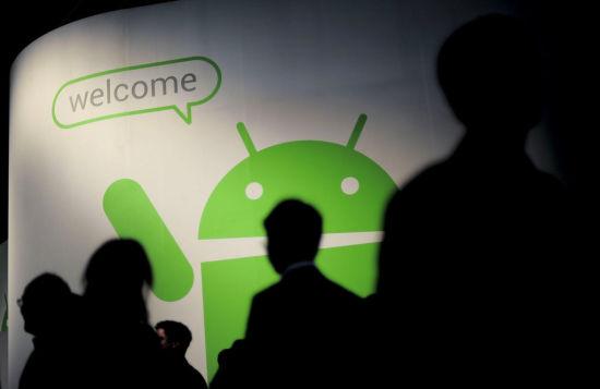 Andnoid原装商店Google Play在所有的行货手机中消失,这给了中国开发者巨大的市场空间。