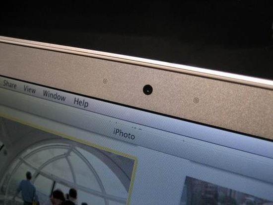 MacBook曝隐私漏洞 指示灯不亮可开启摄像头