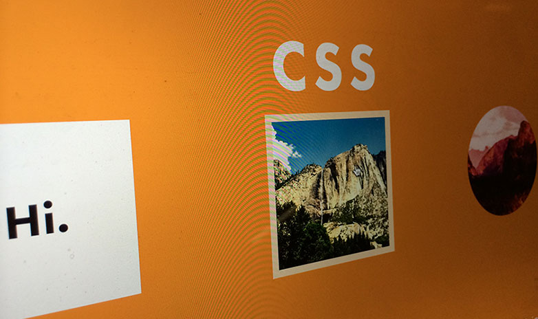 CSS是Cascading Style Sheets(层叠样式表单)的简称