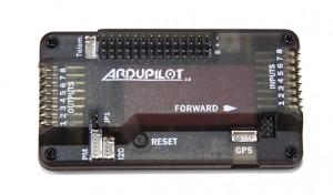 ArduPilot Mega(APM)