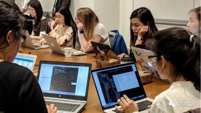 Women Who Code X Linux 基金会推出开源奖学金